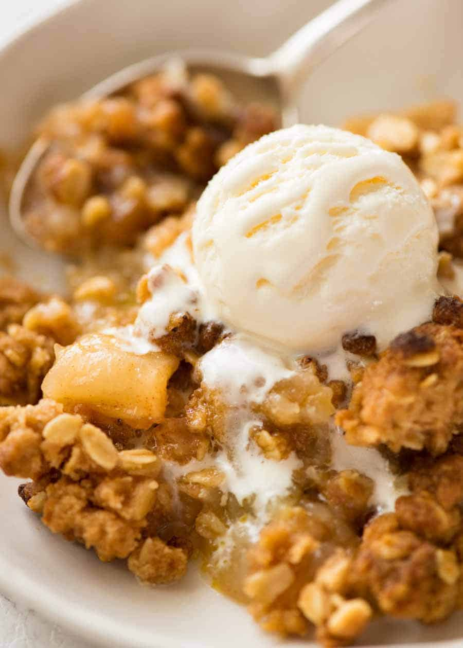 Guillotine Vodka - Apple Crumble with Vanilla Ice Cream